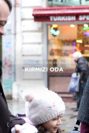 KIRMIZI-ODA-14